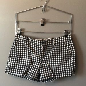Pants - Cute Never Worn Checkered Shorts, Size 6